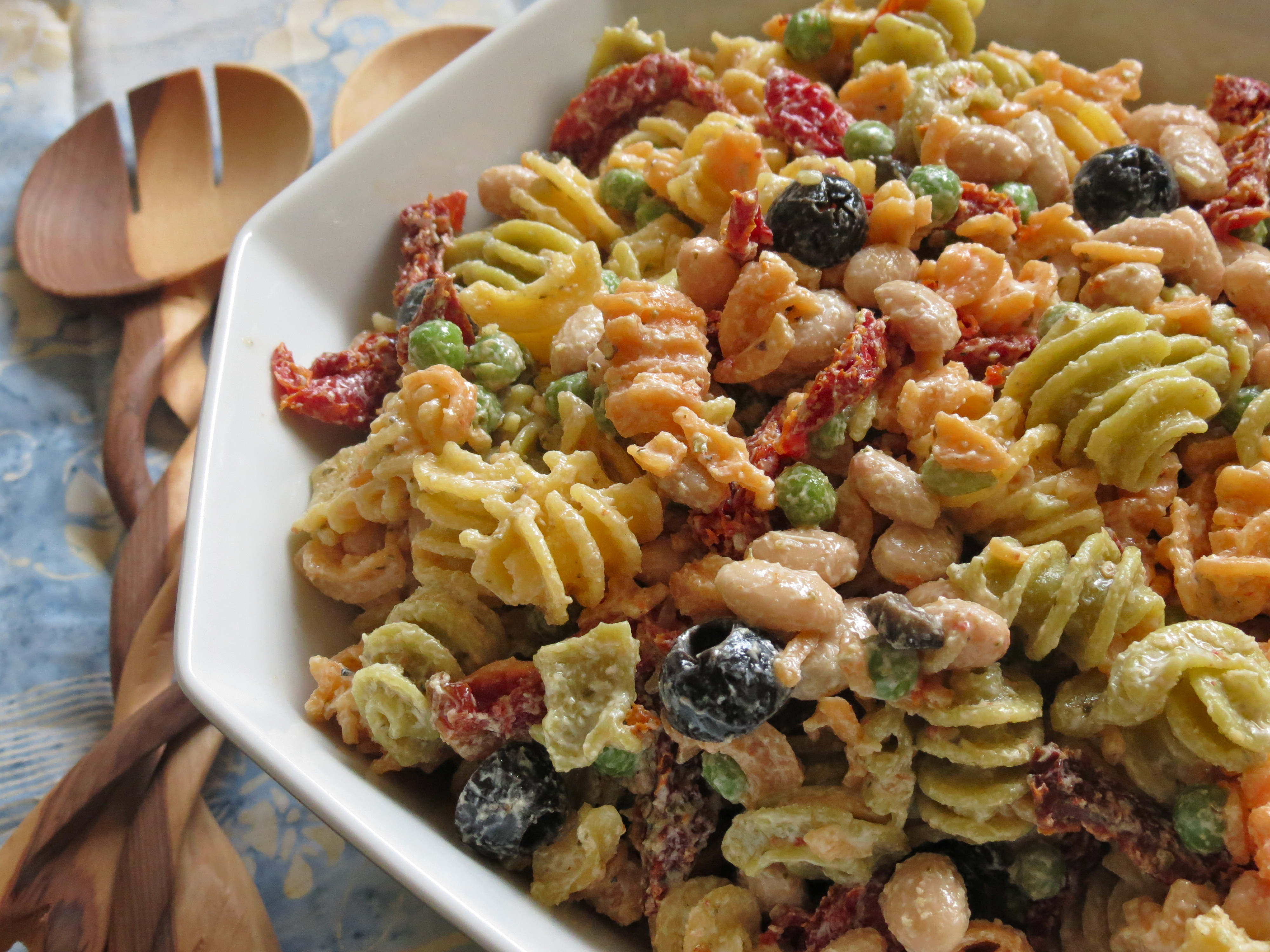 Creamy Mediterranean Pasta Salad