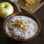 {Friends First with The Roasted Root} Apple Cinnamon Crockpot Oatmeal