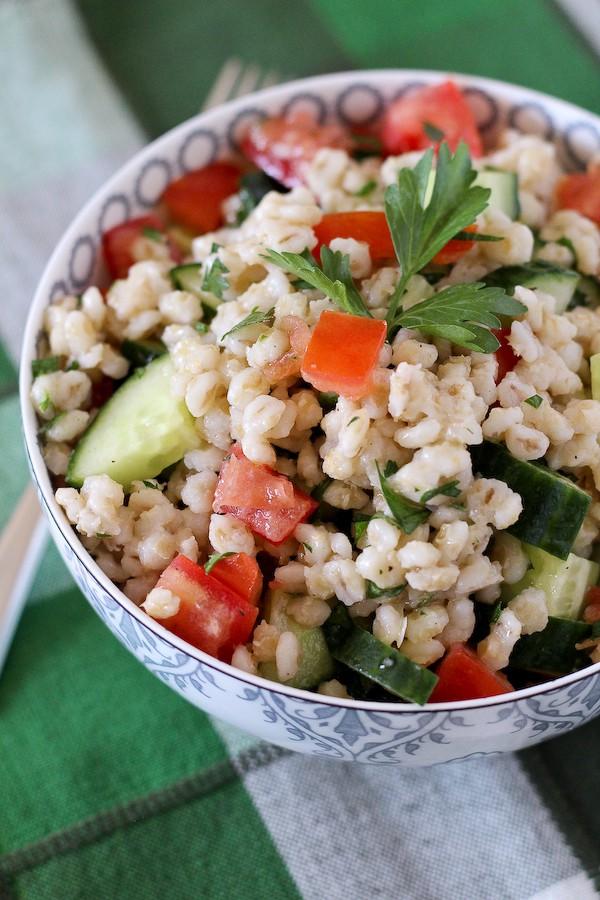 barley-salad-tomatoes-cucumbers-parsley-600 (3 of 3)