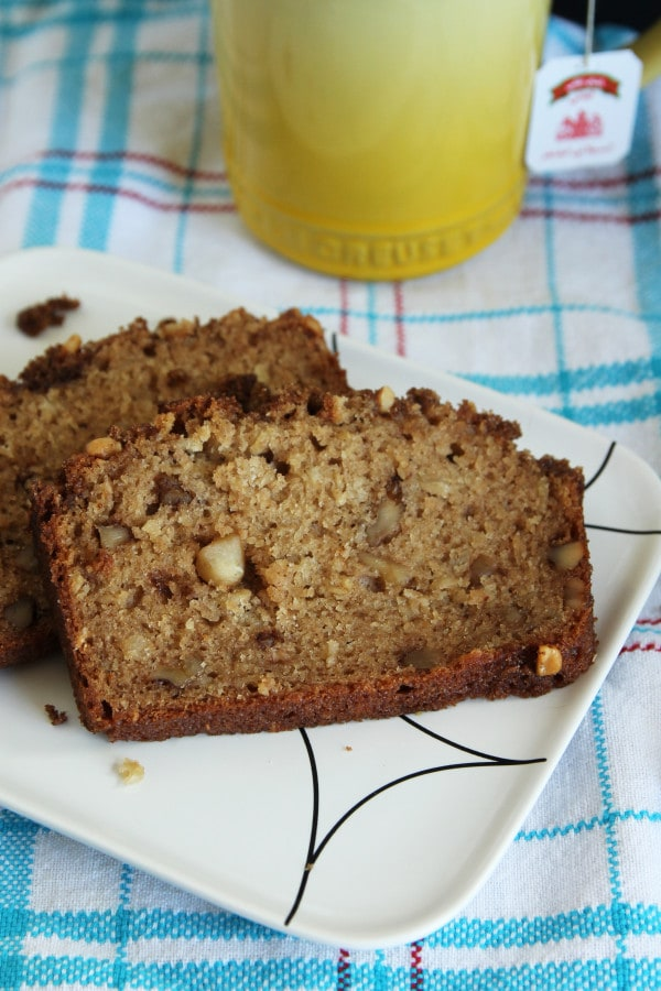 Applesauce Bread3