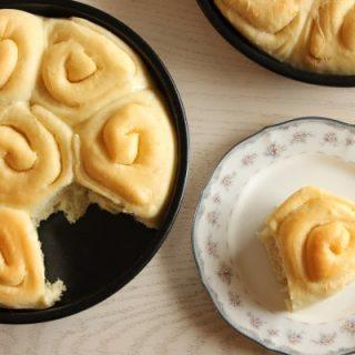 Buttery Sourdough Rolls
